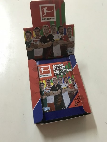 "Topps Fußball Bundesliga 17/18 ""Sticker"" (2018) - Display (30 Tüten)"
